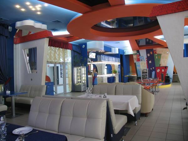 аренда банкетного закал в кафе Nikki на Приорке и Оболони по адресу Киев, Автозаводская 24